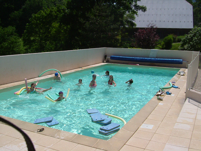 Colonie de vacances aventure montagne plan for Cash piscine clermont