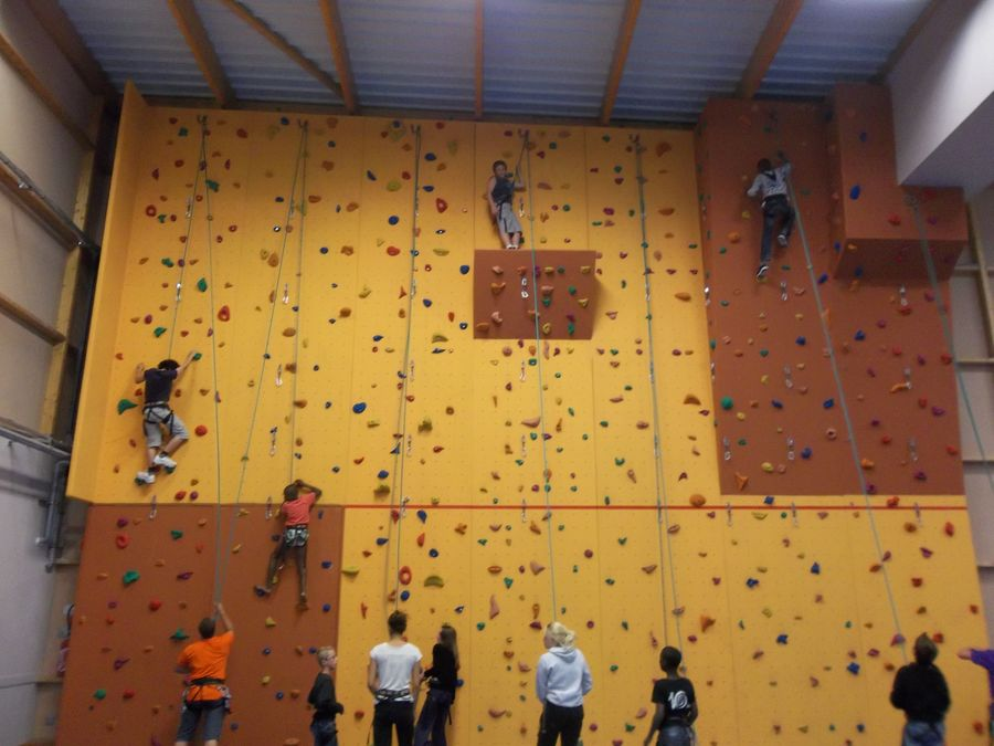 STAGE ESCALADE ET MULTIACTIVITES-1